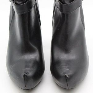 Guess Black Ankle Booties Size 8.5M